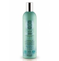 Volumizing and Moisturizing Shampoo